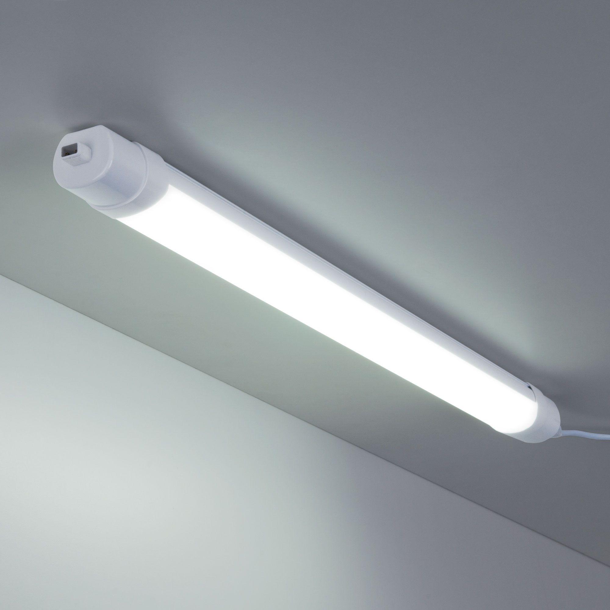 Пылевлагозащищенный светодиодный светильник Connect 18Вт 60 см LTB35 белый